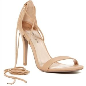 🎉Host Pick 🎉 nude lace up strappy shoes sandals